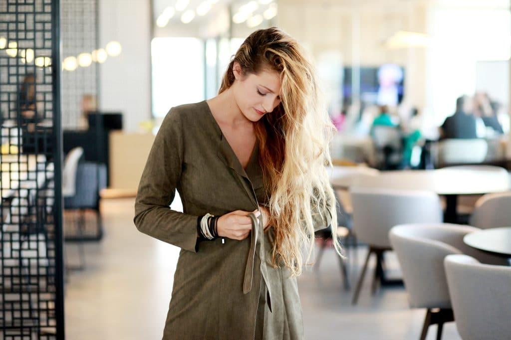 התארגנות במתחם ריג'ס. צילום: אילן בשור המוכשר, לבוש StyleRiver