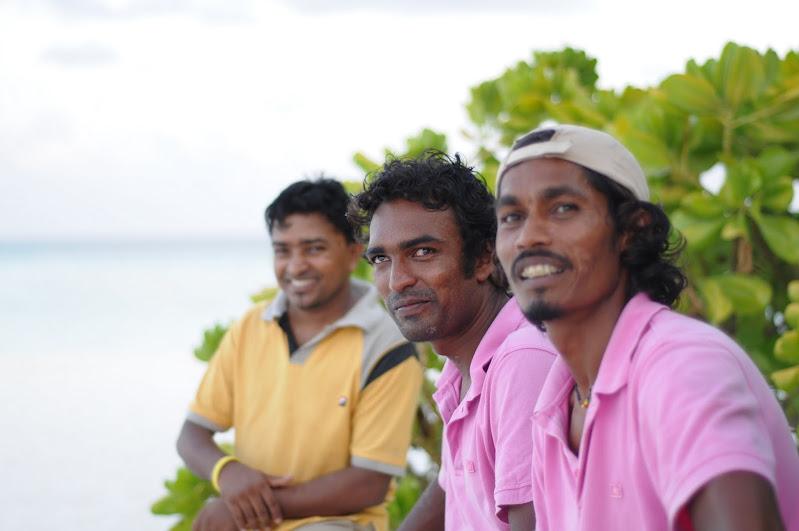 החבר'ה המקומיים על איי המלדיביים. אנשים מקסימים!!