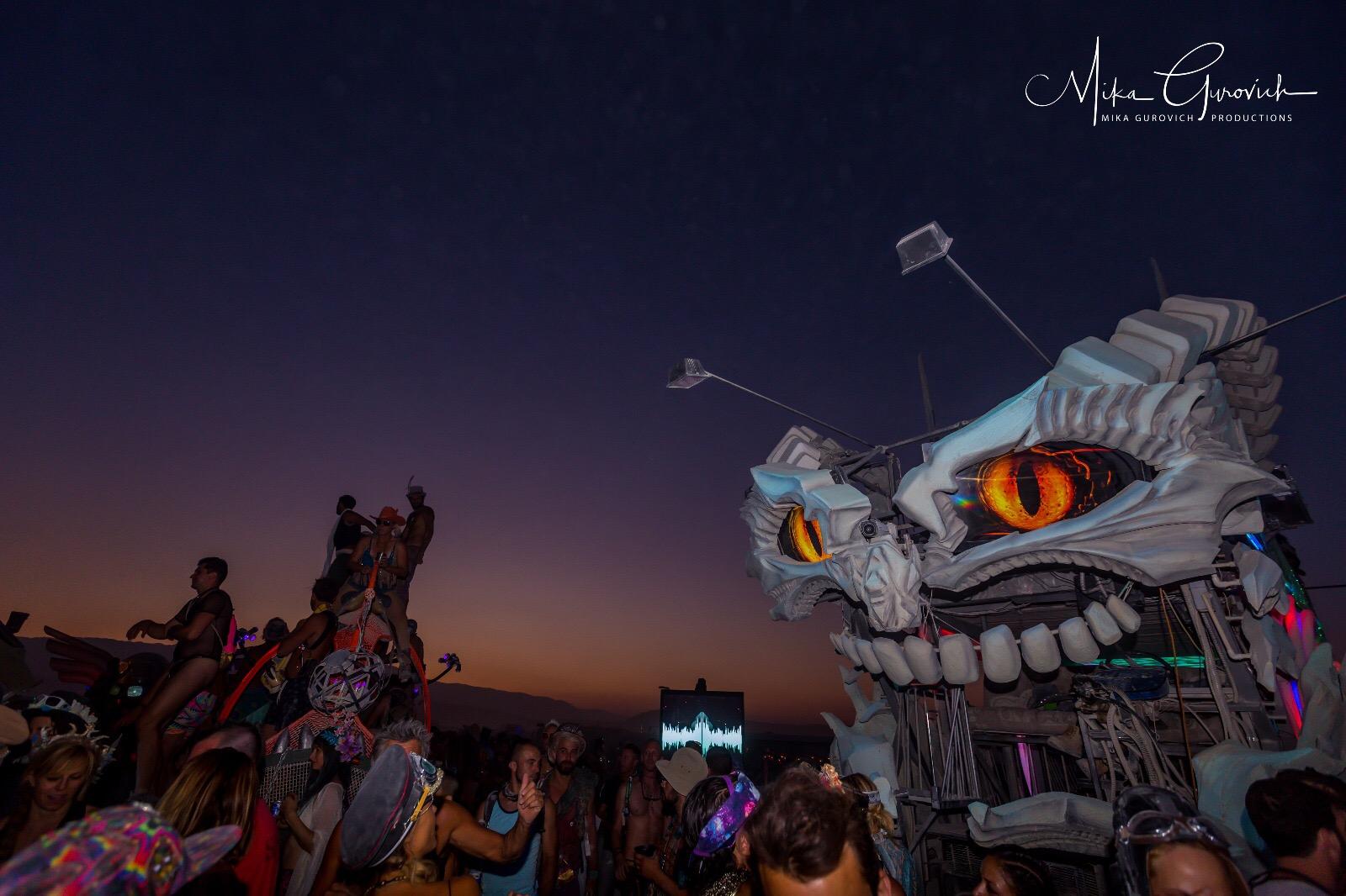 גן שעשועים לגדולים. לילה בברנינגמן 2017. צילום: מיקה גורביץ'