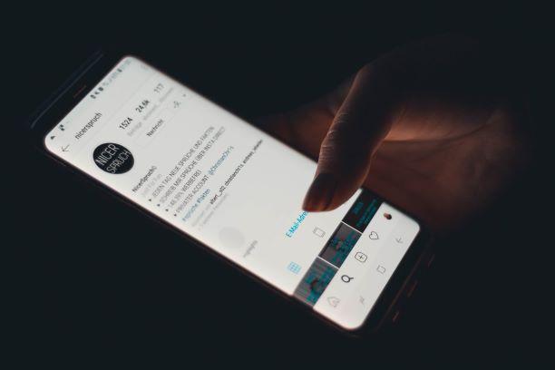 ניתן גם להעזר ברשתות החברתיות כדי לבצע יותר מכירות או עסקאות דרך הדיגיטל